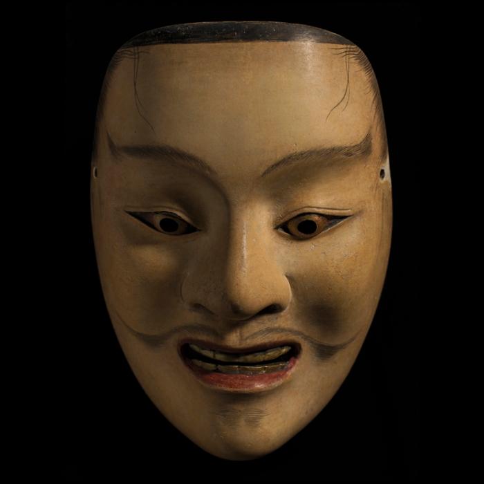 Shintai, for roles of young gods, by Udaka Michishige (Photo: Fabio Massimo Fioravanti)